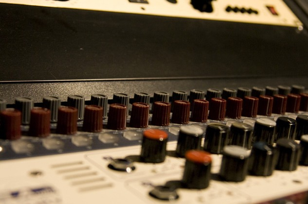 6 Steps to Fixing the Muddiness in Your Mixes