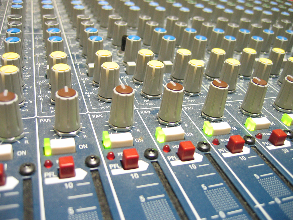 Simplify Your Mixing - 7 Simple Steps to a Great Mix